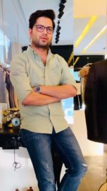 Manish tripathi An alumnus of the National Institute of Fashion Technology Delhi